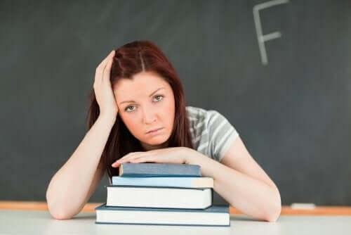 Sınıf Tekrarı: Çocuğunuzu Nasıl Etkiler?