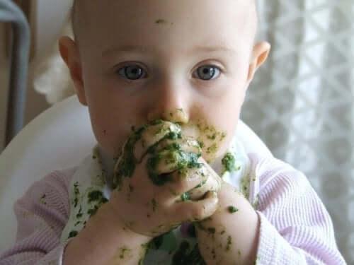 Çocuğunuzun her şeyi yemesini nasıl sağlarsınız?