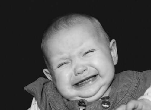 Bir Çocuğun Bağırmasına Nasıl Tepki Verilir
