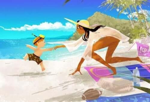 anne ve çocuk plajda