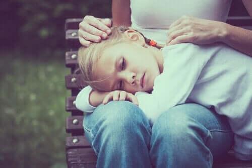 Çocuklarınıza Karşı Fazla Korumacı Olabilir Misiniz?