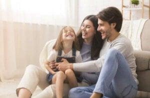 Mutlu Ebeveynler, Mutlu Çocuklar: Anneliğin Temel Kuralı