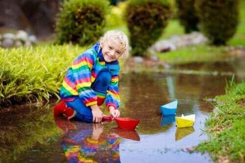 Su ile Oynamanın Çocuklar İçin 8 Faydası