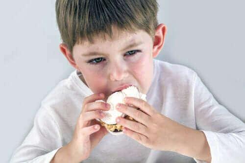 Çocuklarda Duygusal Açlıkla İlgili Bilmeniz Gerekenler