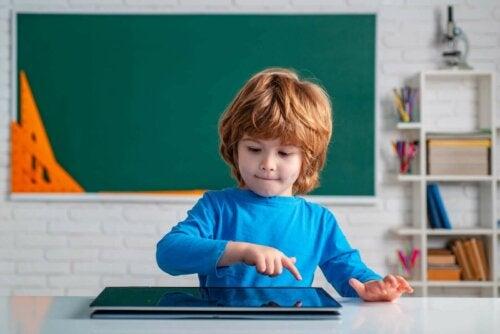 çocuklar, tablet, dijital cihazların kullanımı