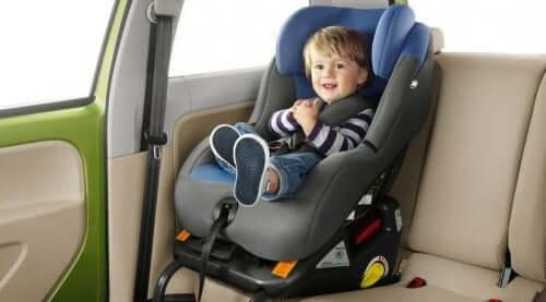 Arabada Çocuk Koltuğu ve Önemi