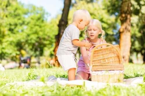 Hazine Sepeti: Bebeğinizi Harekete Geçirecek Bir Oyun