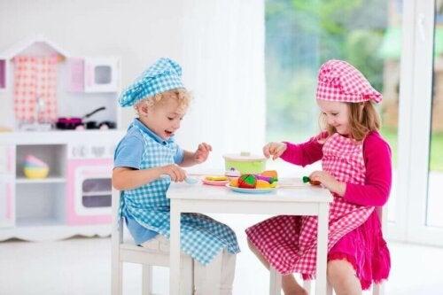Oyuncak Mutfaklar ve Çocukluk Dönemindeki Cazibeleri