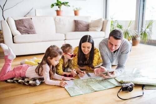 Aile Gezisine Çıktığınızda Tasarruf Etmenin 5 Yolu