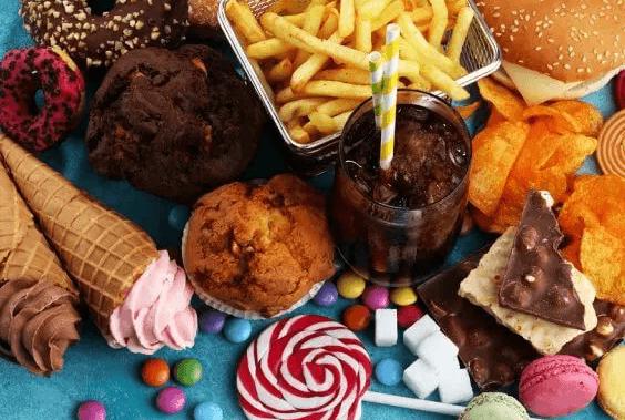 abur cubur dondurma patates kızartması şeker çikolata muffin