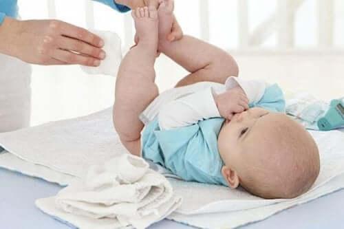 Bebeğiniz İçin Islak Mendillerden Uzak Durmak Neden Sağlıklıdır?