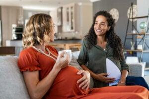 hamile kadınlar konuşuyor